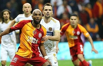 Ryan Babel Galatasaray'ı sildi!